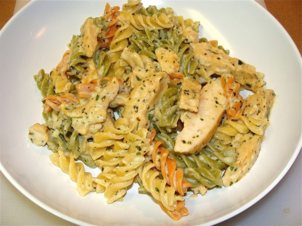Garlic-herb Chicken con Rotini